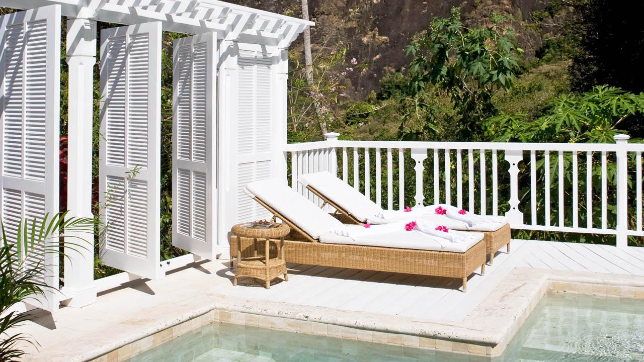 vsb-pool-petit-piton-view-1280x720.ashx